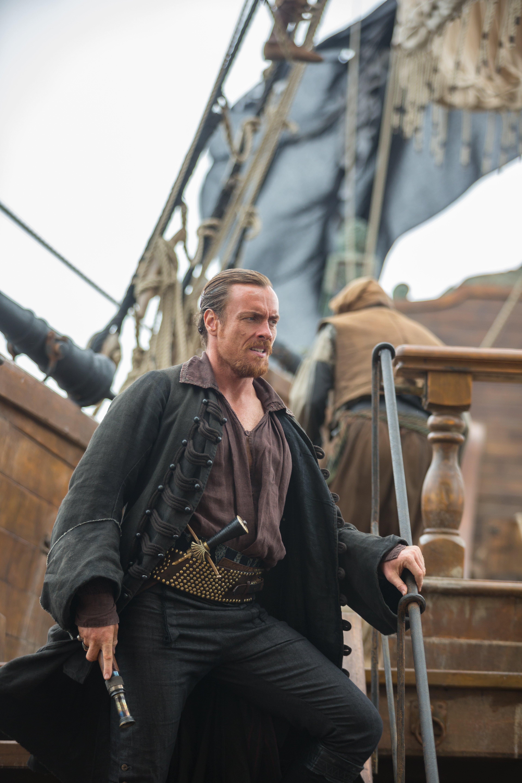 Black sails s3 pirate captain flint leather coat - Black Sails Captain James Flint