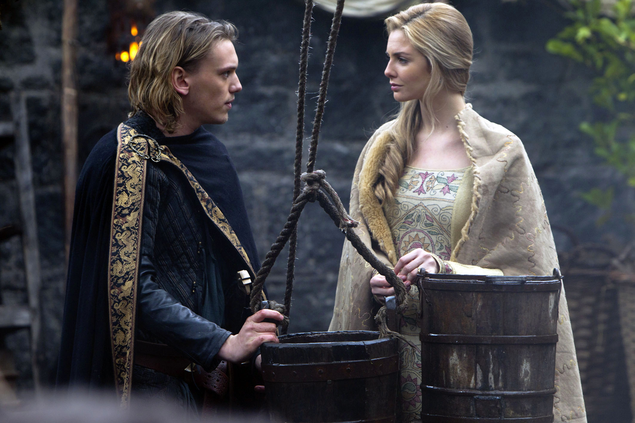 Arthur And Guinevere Camelot