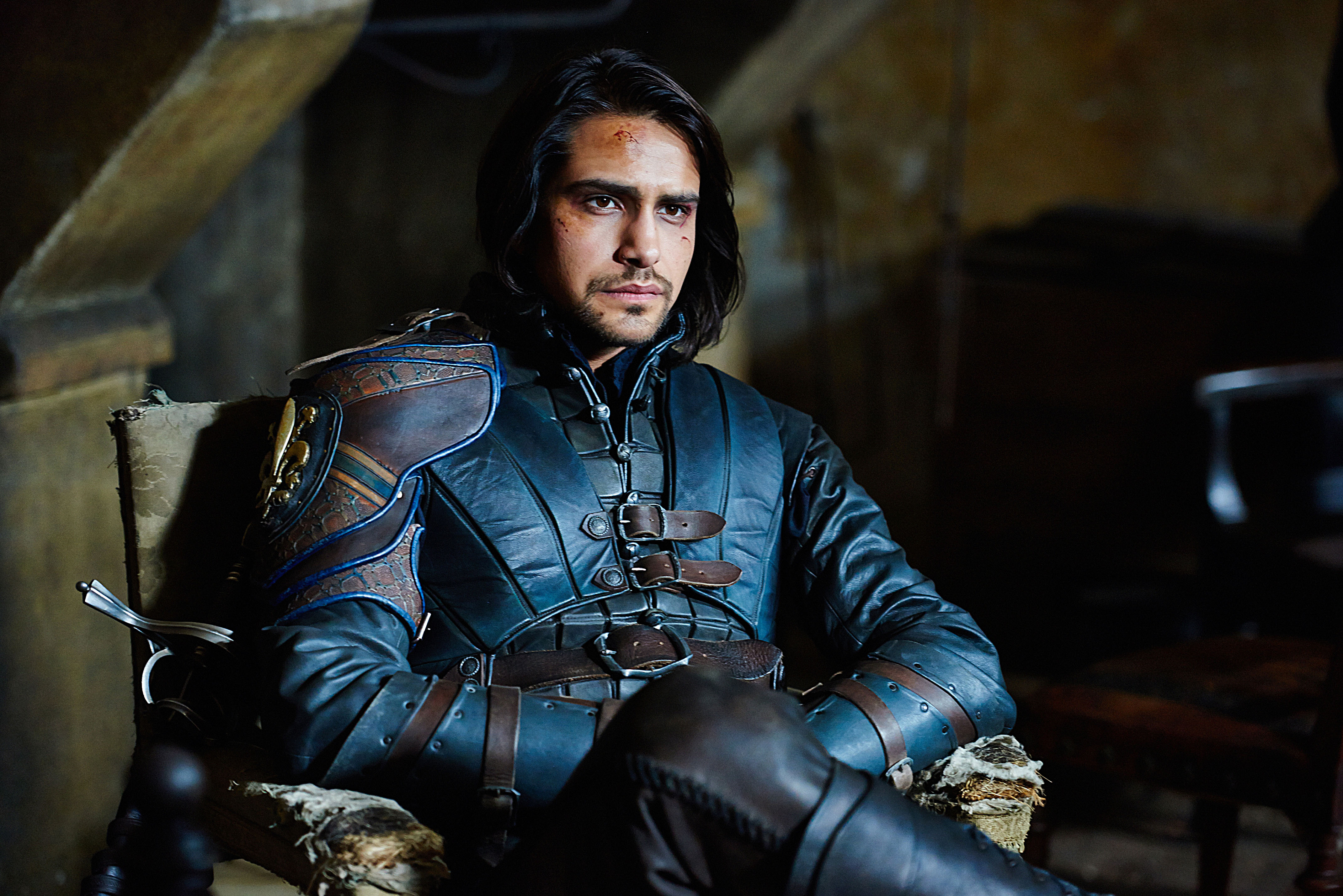 the 3 musketeers D'artagnan is one of the main characters in the series, the musketeers after the death of his father, d'artagnan travelled to paris and found a new life as an.